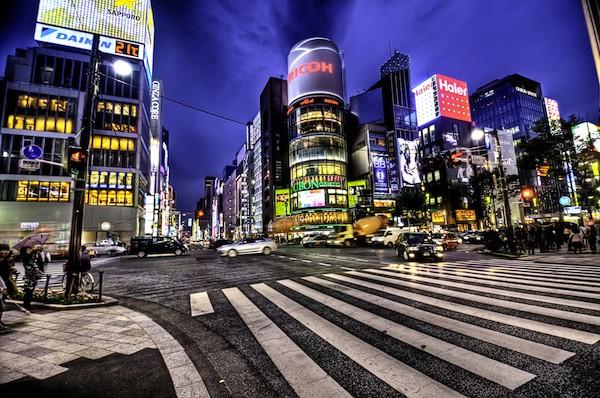 Ginza at night tokyo 600x398